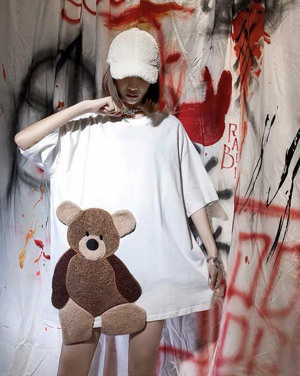 《2色》クマなく愛して!ハミクマモコモコTシャツの画像3